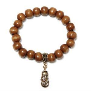 Jewelry - Wood bead bracelet with flip flop charm